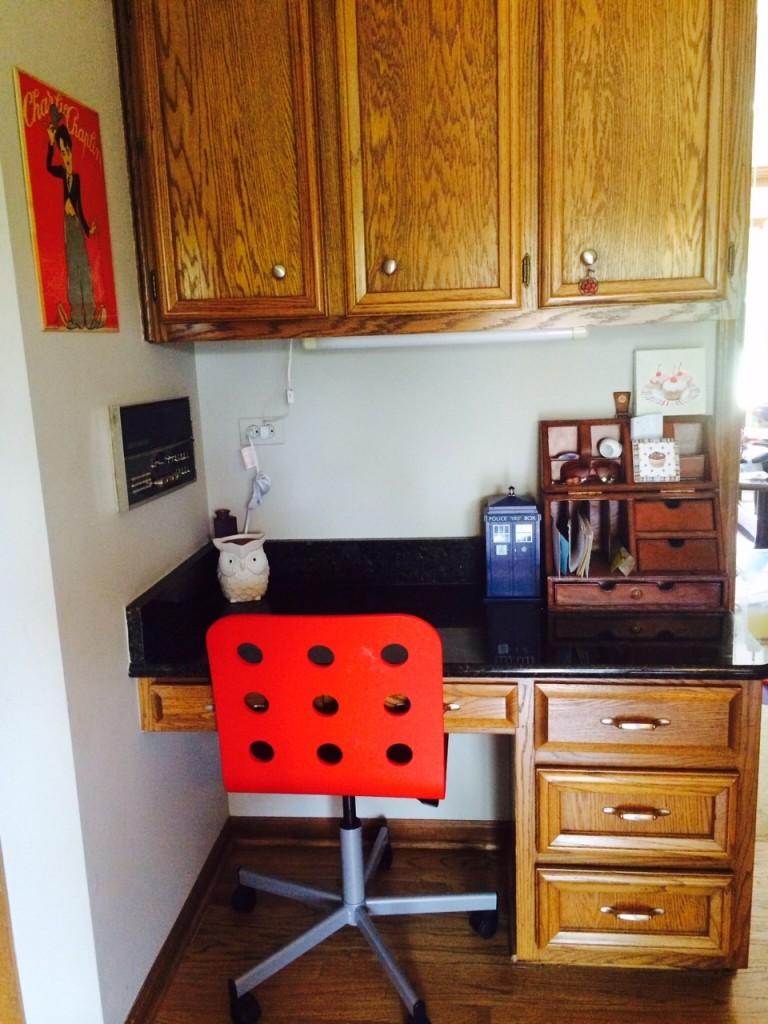 kitchen desk-before