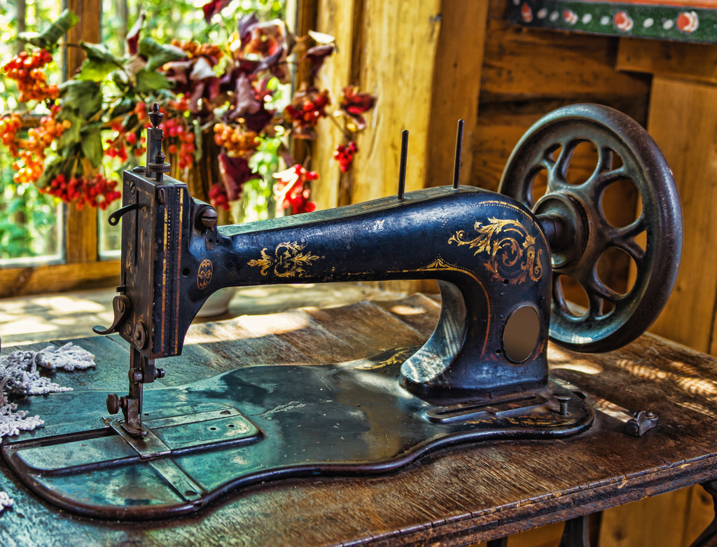 Sewing Machine Stories - Albion Gould