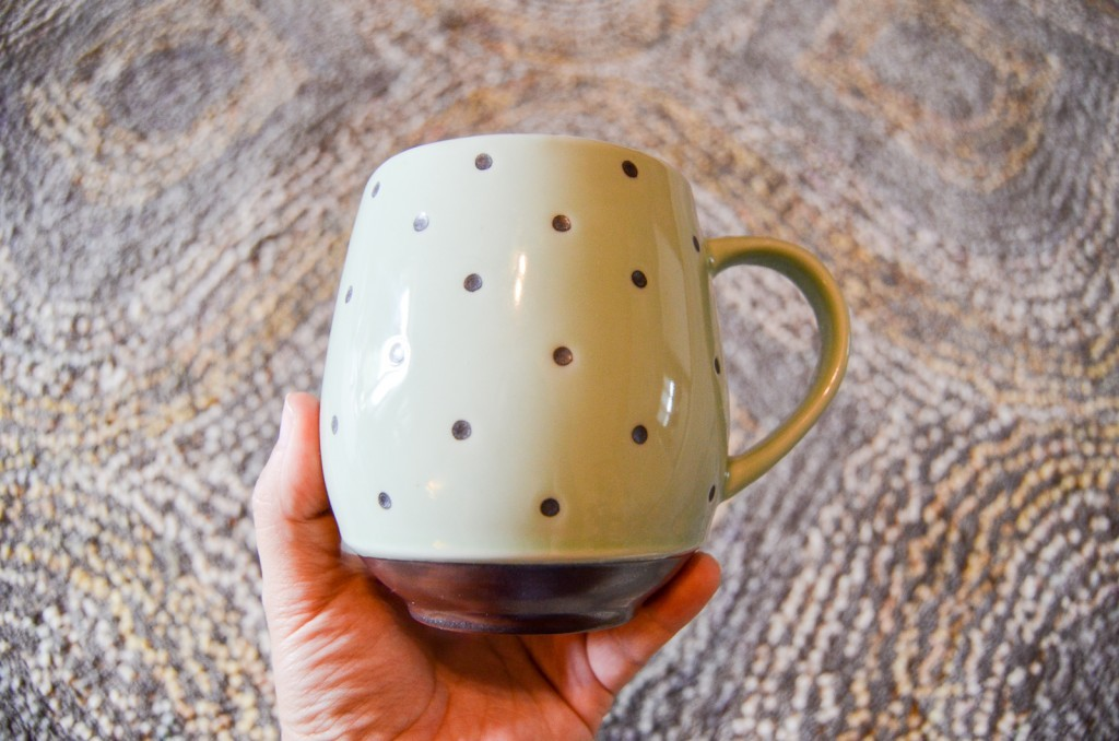 Dotted Mug in Green