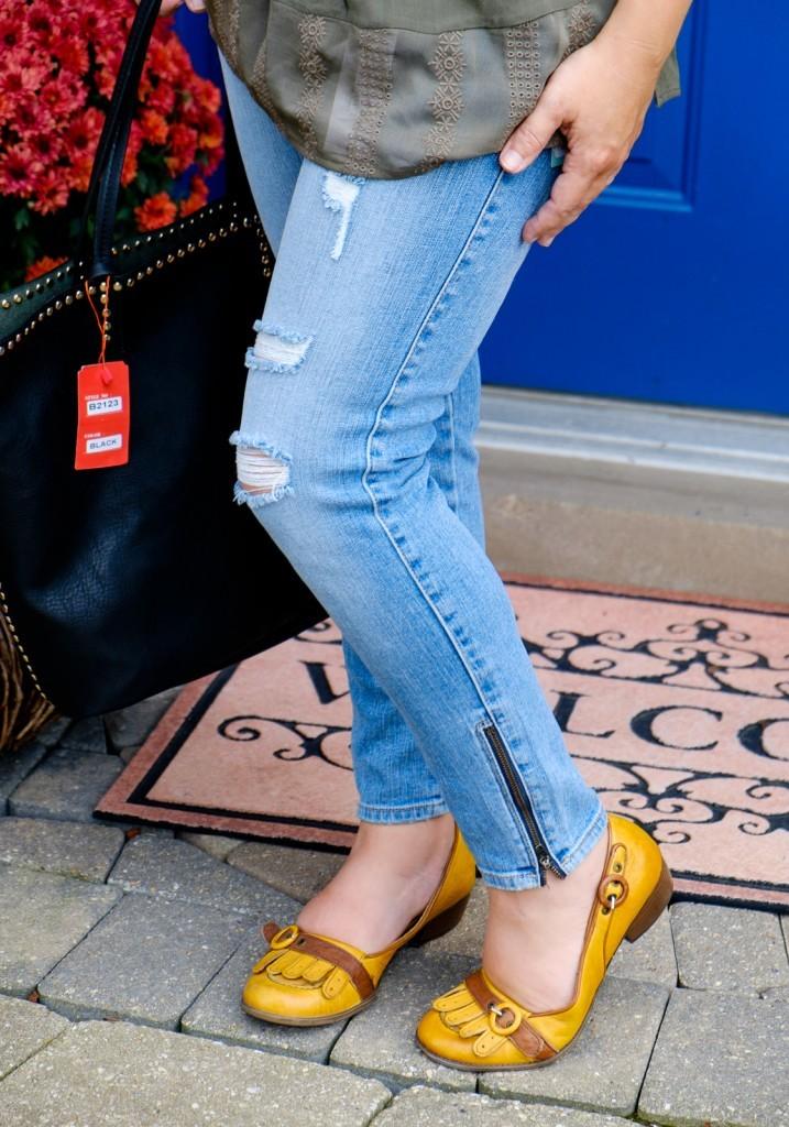Lacy Distressed Skinny Jean