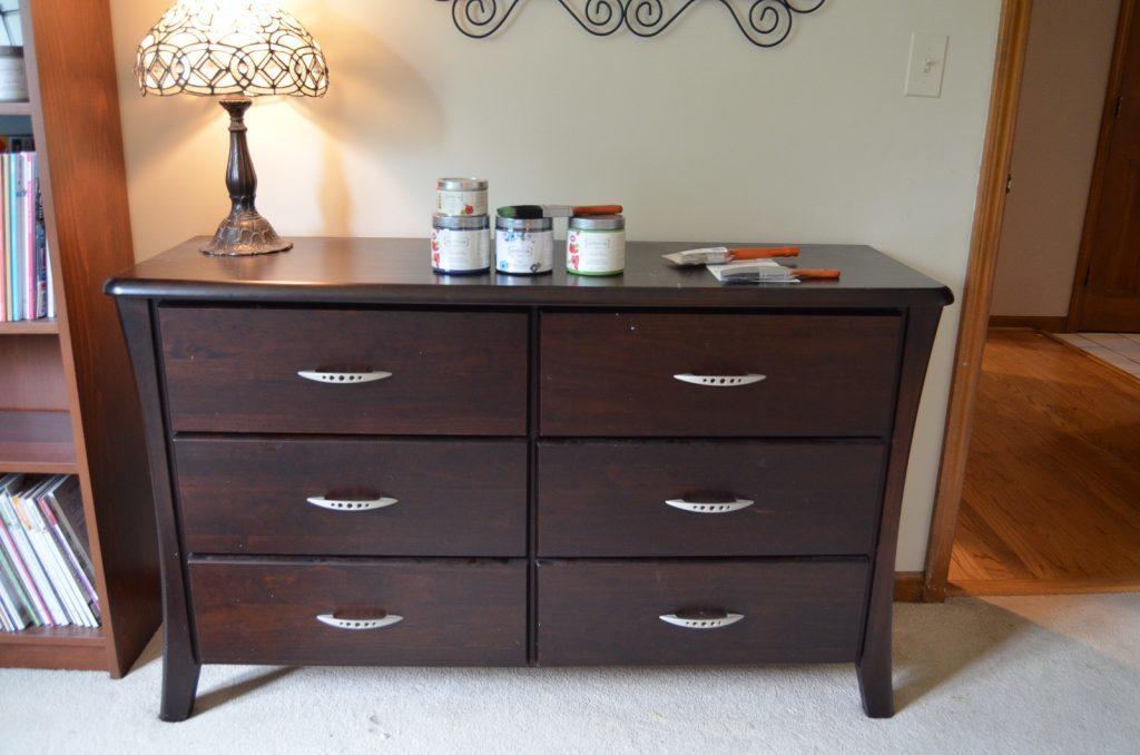 dresser (before)