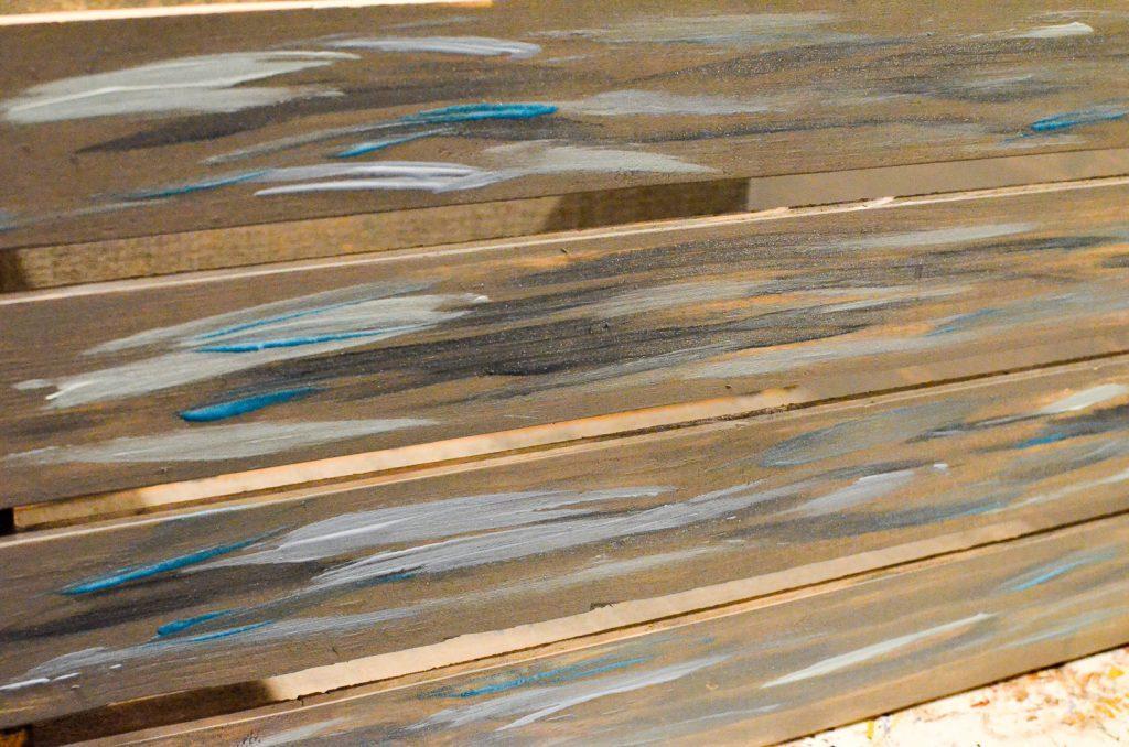 streak the blue paints