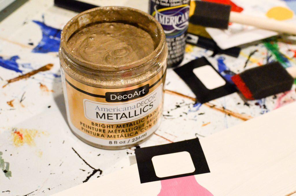 DecoArt Metallics