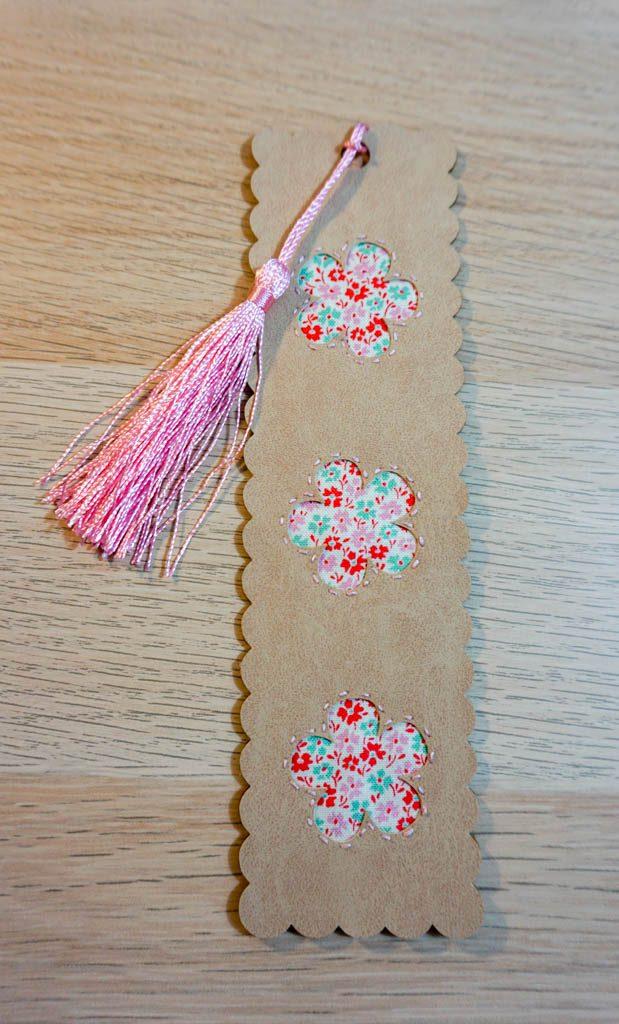 Peekaboo Flower Bookmark