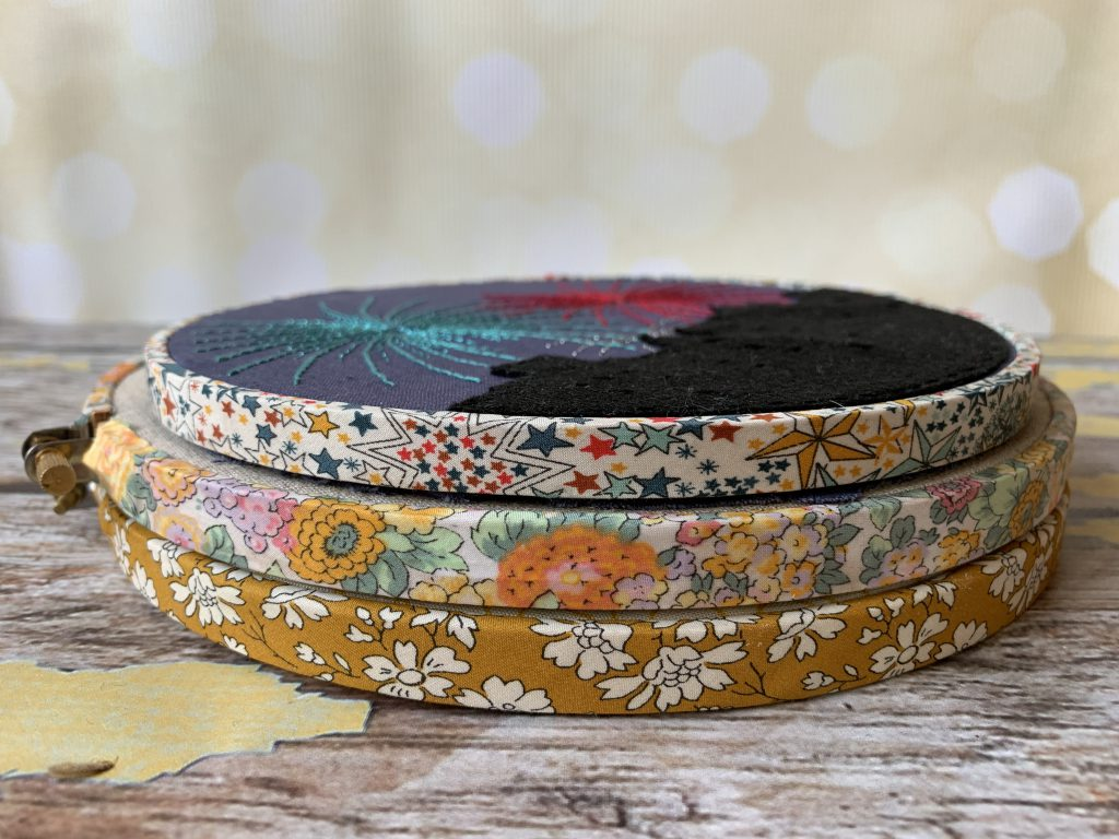 How to Finish an Embroidery Hoop with Bias Tape